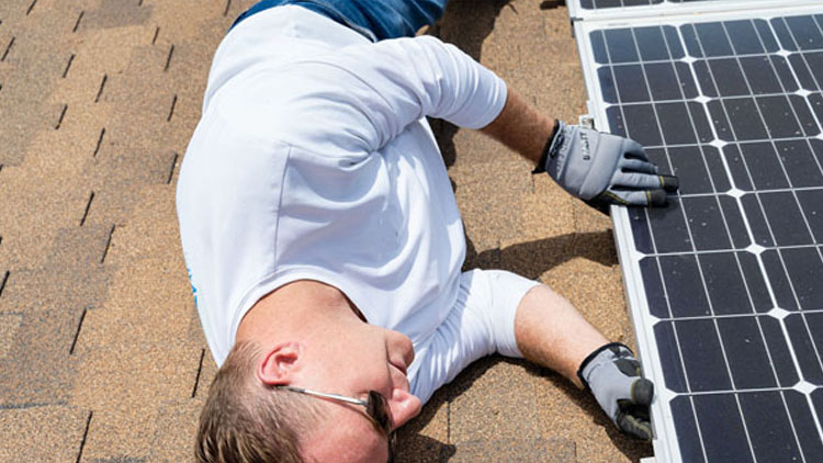 how to check if your solar panels are working